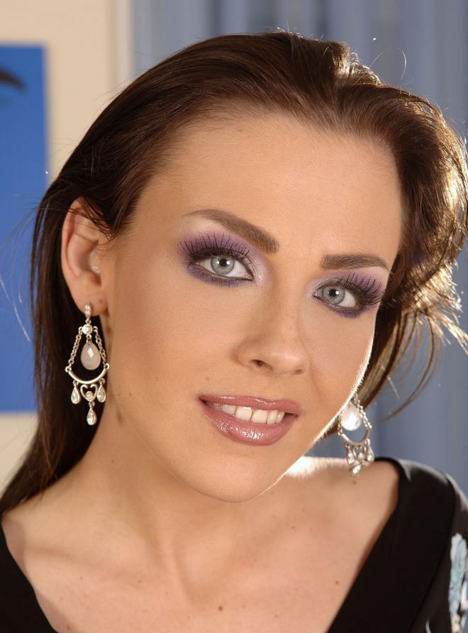 Veronica Carso