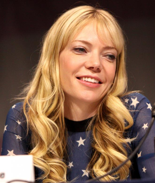 Riki Lindhome Net Worth