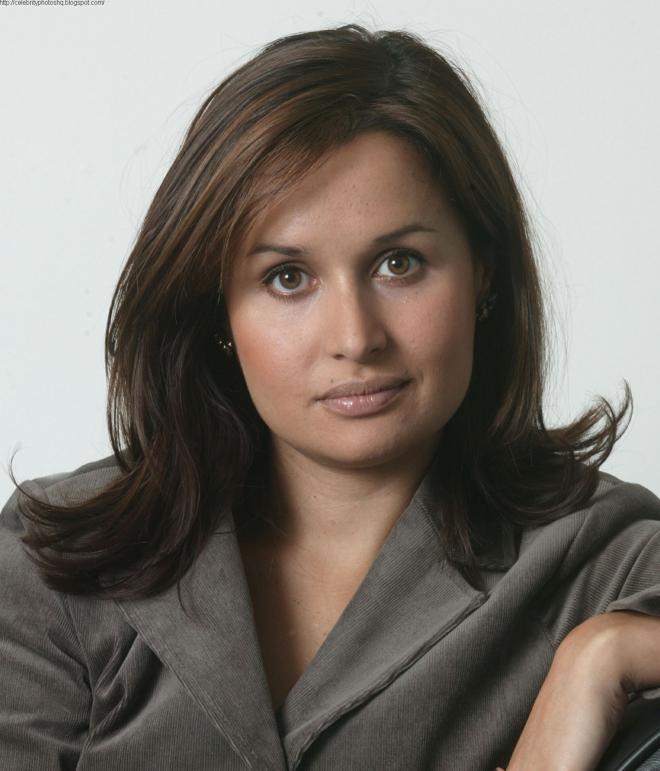 Nina Hossain Net Worth