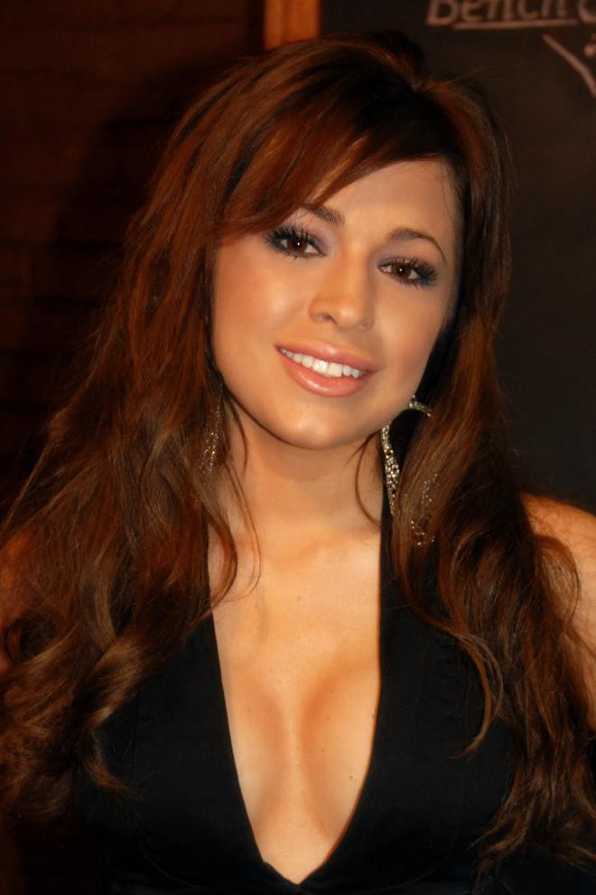 Kari Ann Peniche Net Worth
