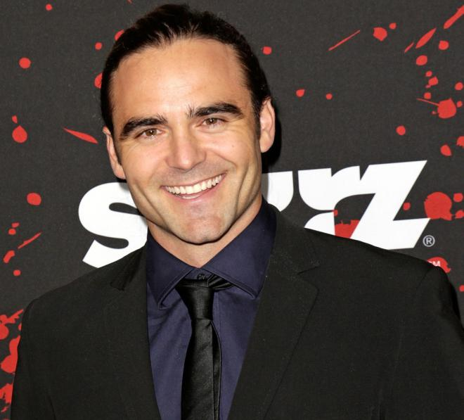 Dustin Clare Net Worth