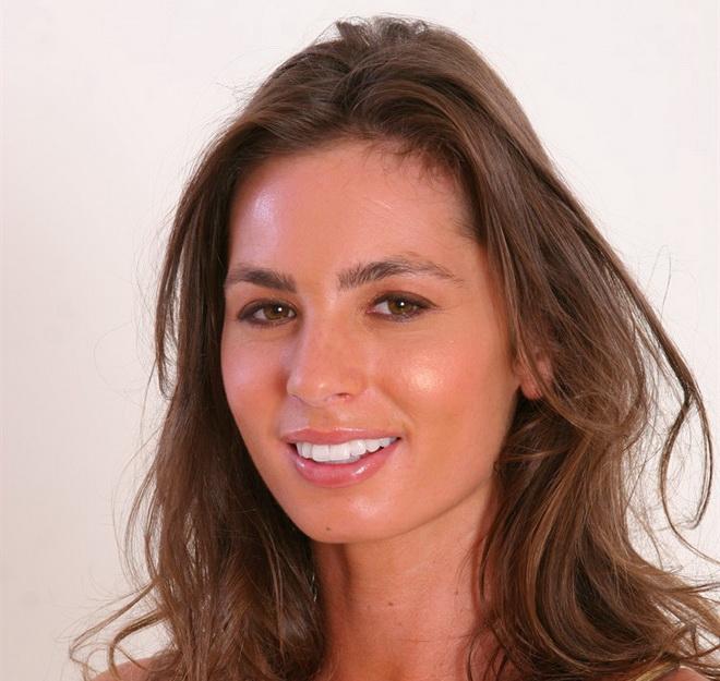 Naomi Russell Net Worth 2021: Wiki Bio, Age, Height