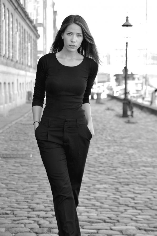 Simone Lykke Nude Photos 57