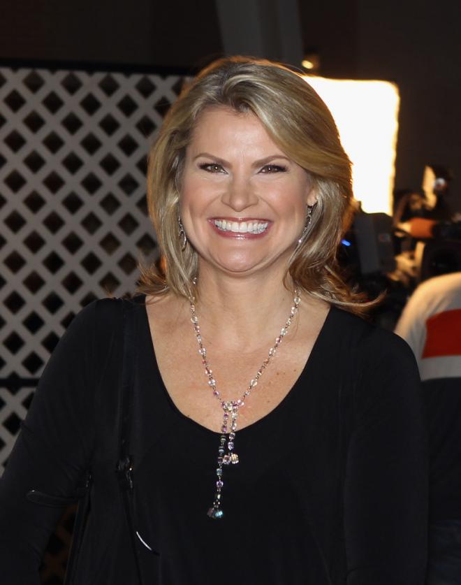 Christine Simpson Net Worth