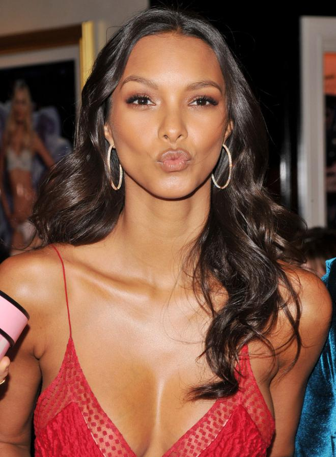 Lais Ribeiro Net Worth