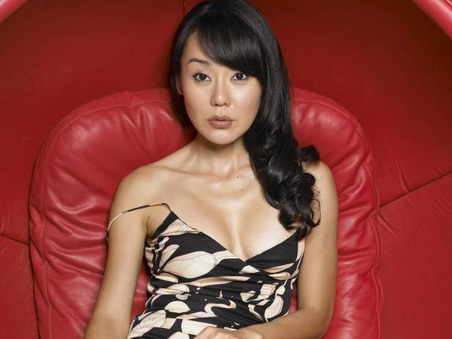Yunjin Kim Net Worth