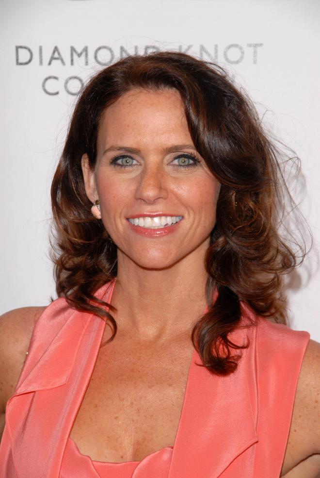 Amy Landecker Net Worth