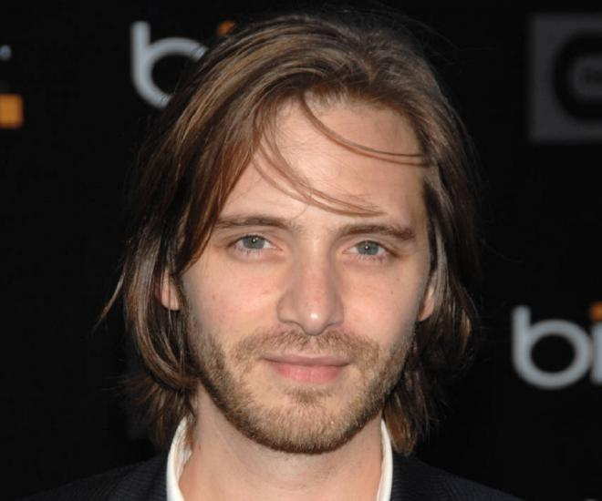 Aaron Stanford Net Worth