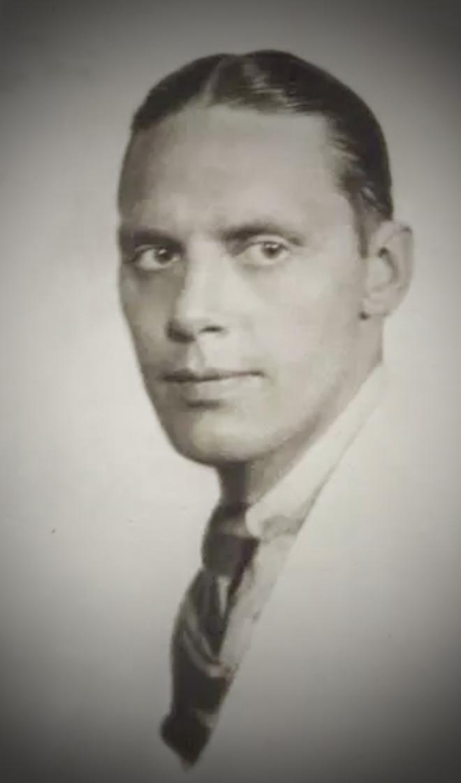 John V.A. Weaver Net Worth